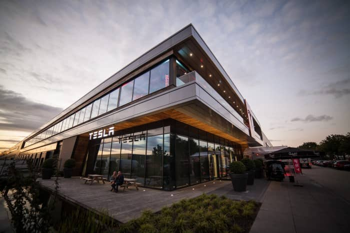 Tesla opening building