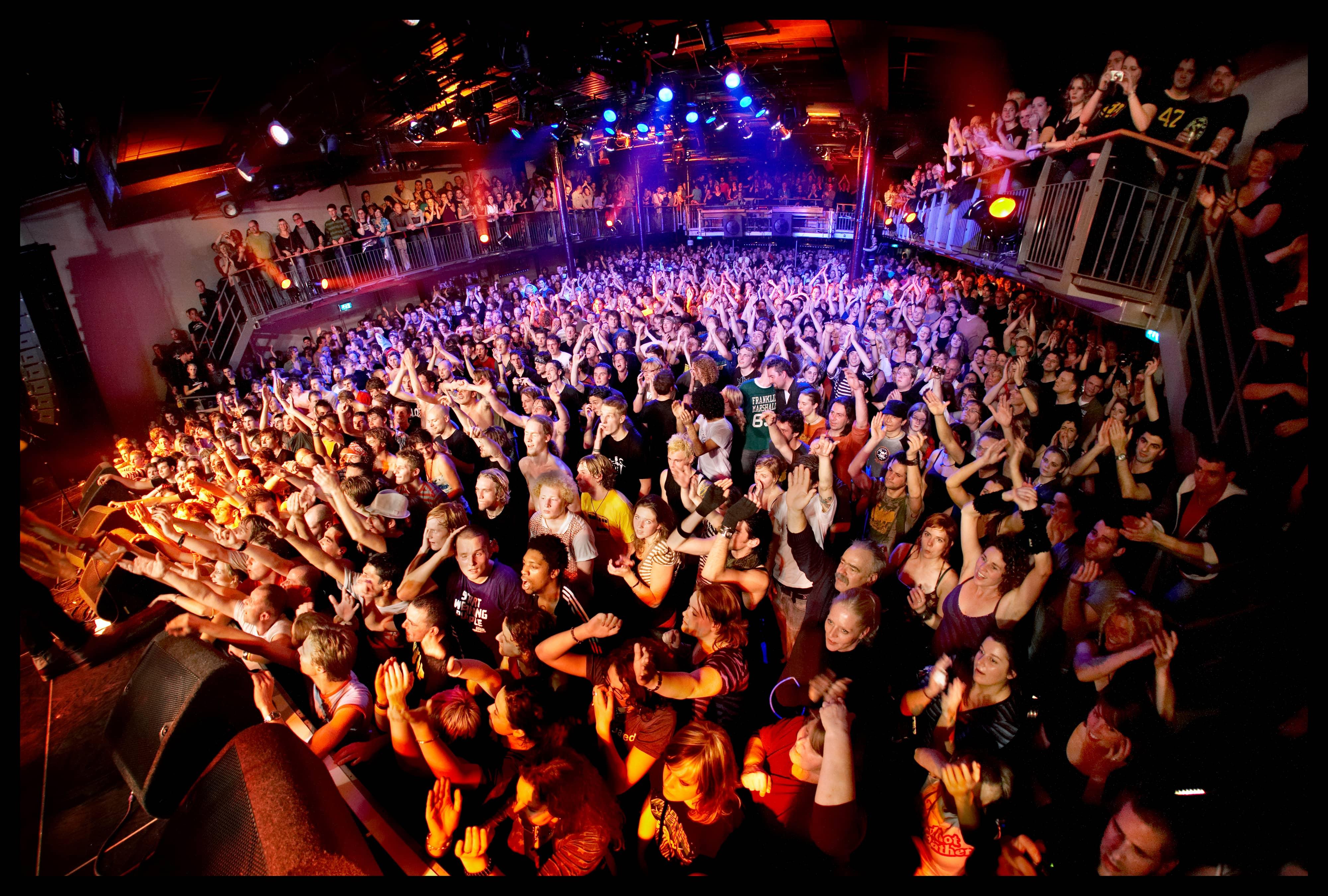 будь здоровой фото с ночных клубов европы каждом