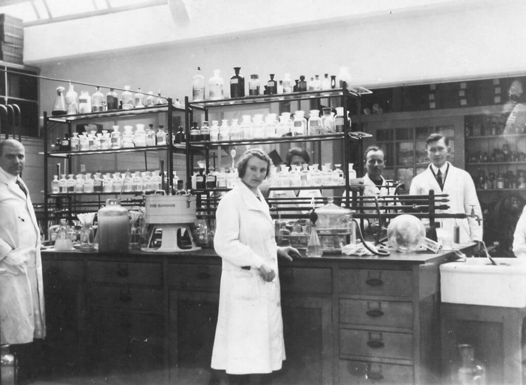 Historical picture of Lab Organon in Oss, the Netherlands