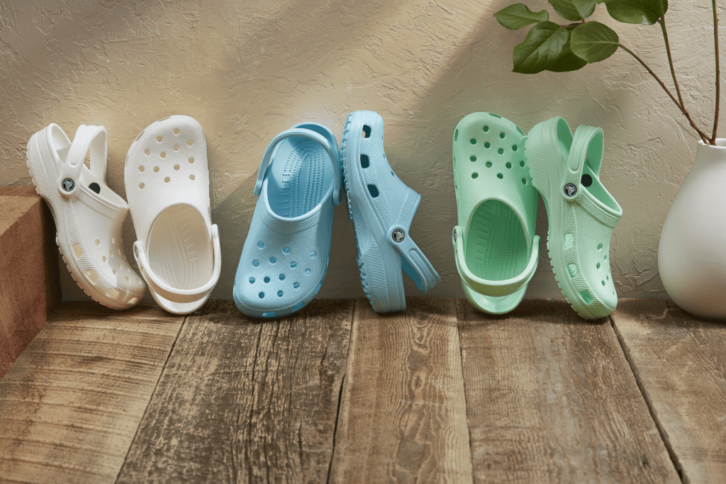 Crocs expands its European distribution center in the Dutch logistics sector